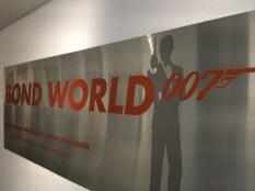 Bond World 007