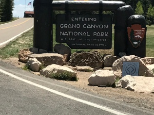 Park entrance to the north rim